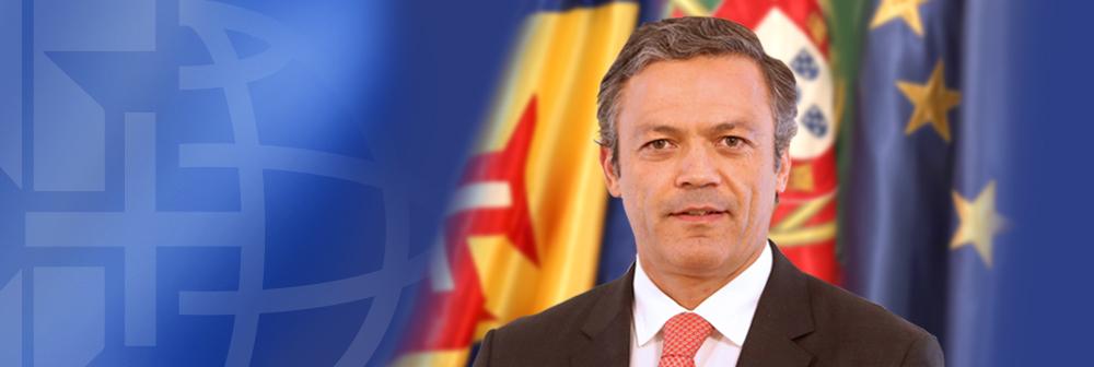 """""""A Madeira vai ter a taxa mais baixa de IRC, quer a oposição goste ou não goste"""" -  Pedro Calado - Vice-Presidência"""