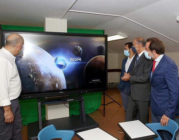 Região prossegue aposta na introdução de tecnologia no Ensino