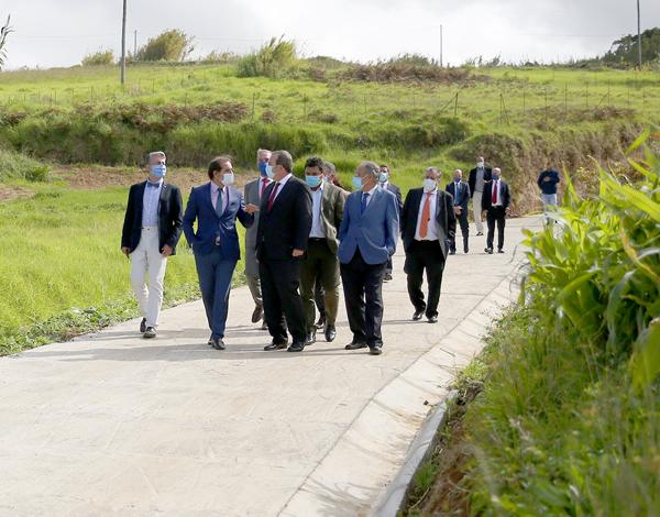 Albuquerque visitou novo caminho agrícola na Ponta do Pargo