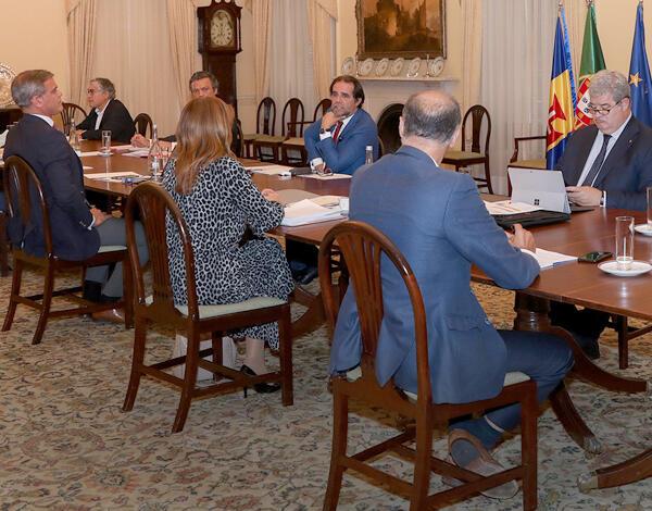Governo avança com novas medidas sociais e económicas