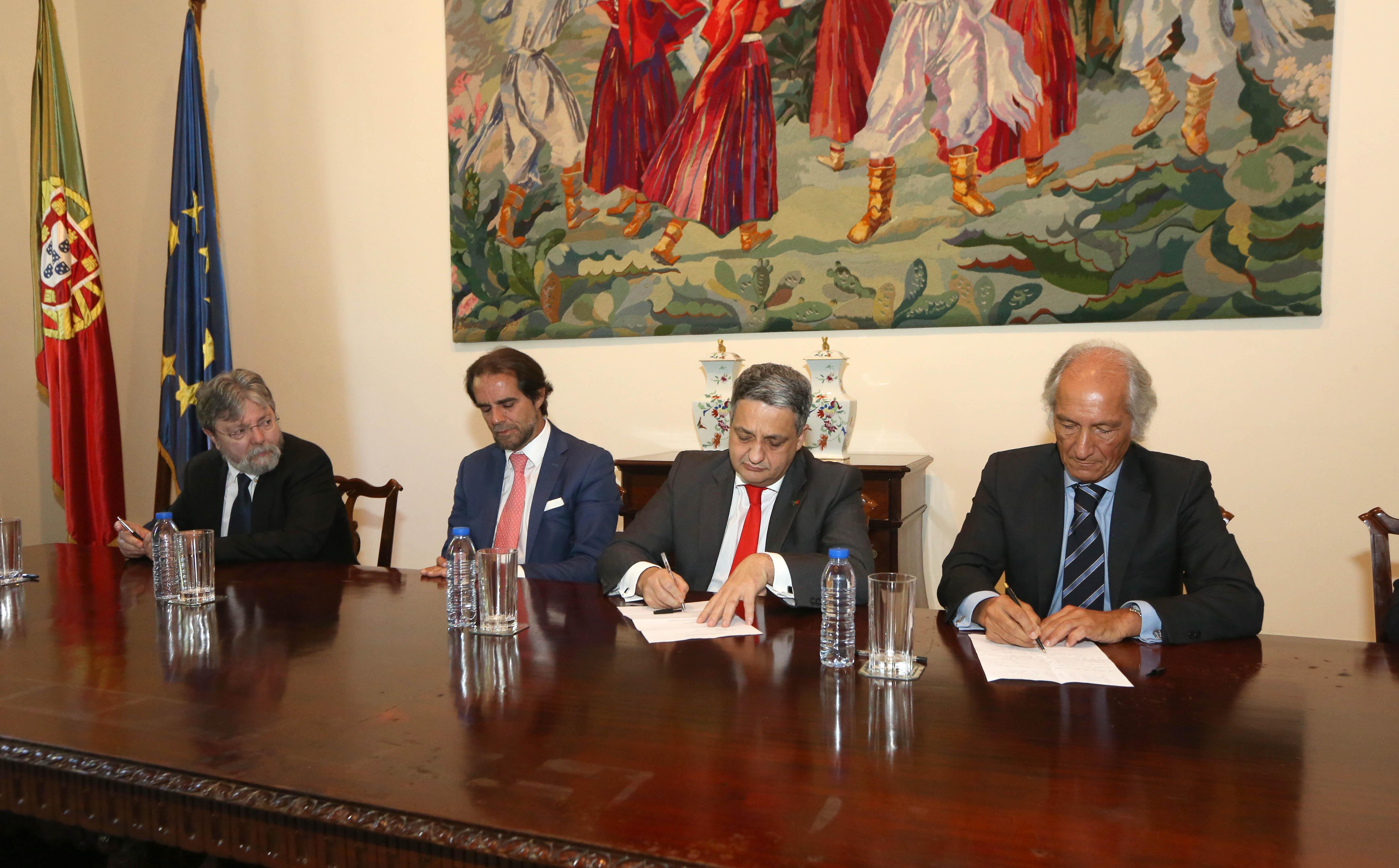 Região celebra memorandos de entendimento com o Estado na área da Saúde