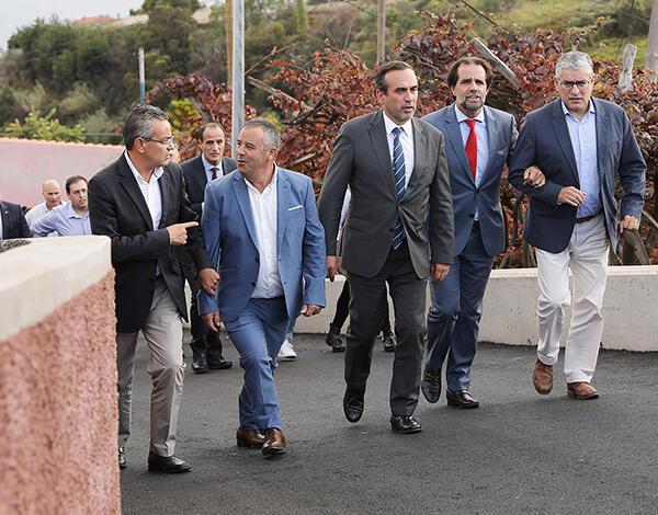 Albuquerque destaca investimentos na freguesia do Jardim da Serra