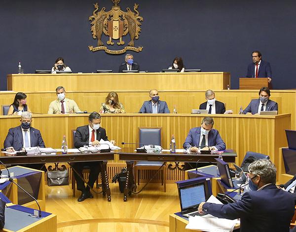 Governo mobilizou recursos para apoiar empresas, trabalhadores e famílias