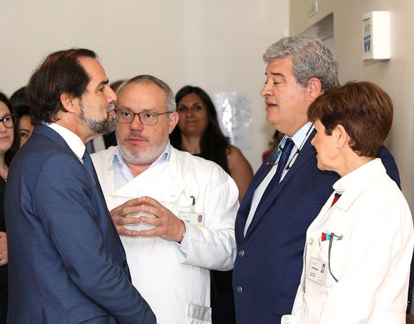 Albuquerque visitou Serviço de Hemato-Oncologia para reforçar confiança nos profissionais