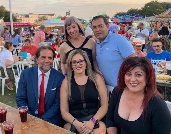 Albuquerque garante apoio a todos os emigrantes em Jersey