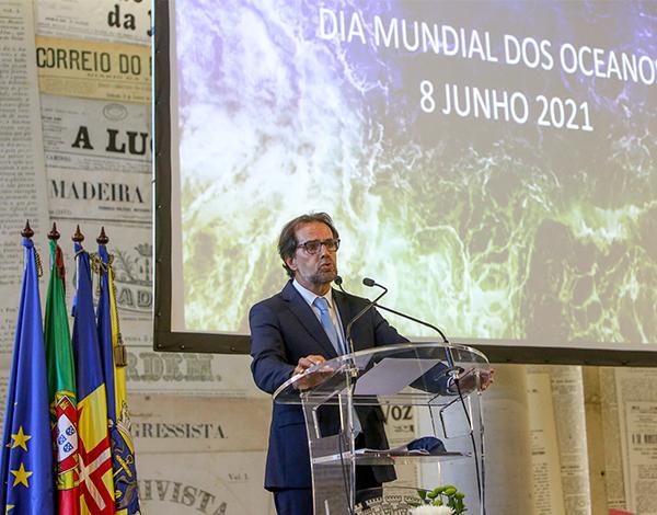 Miguel Albuquerque quer País mobilizado para as questões do mar