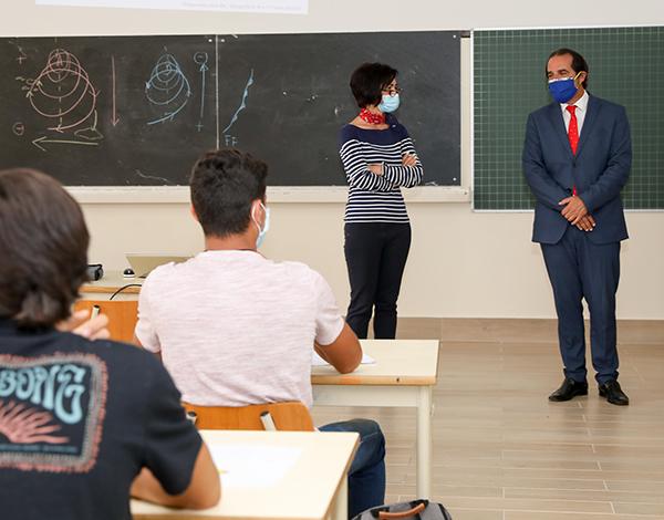 Ensino no próximo ano não será 100% presencial