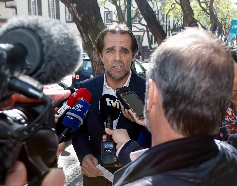 """Declaração de António Costa """"é a todos os títulos lamentável"""""""