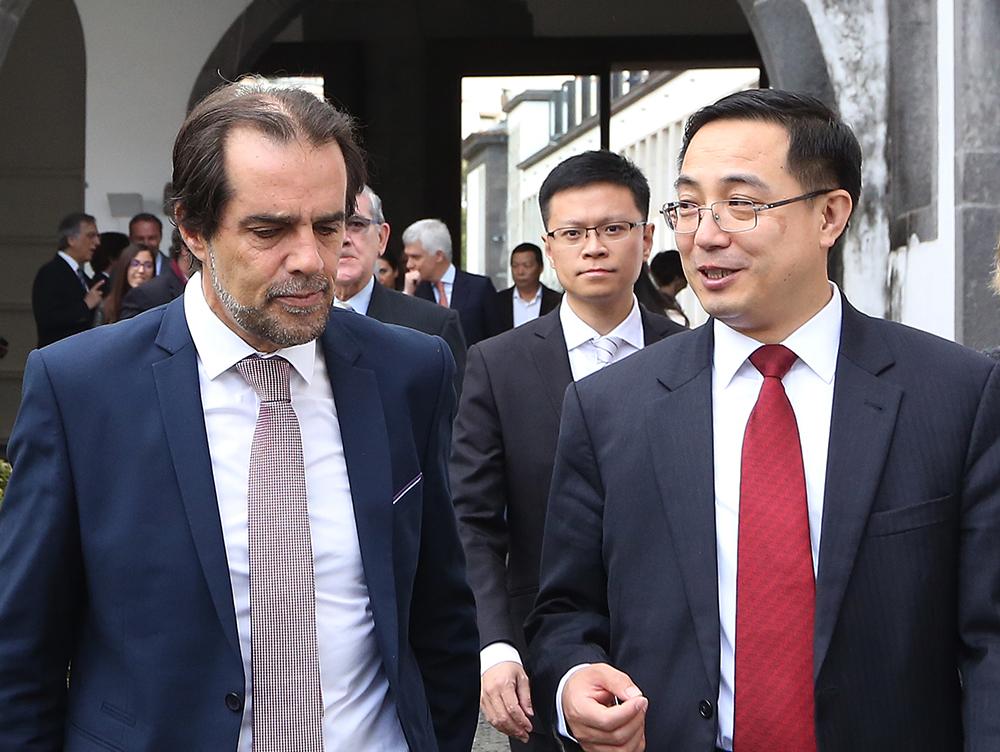 Governo abre portas ao investimento chinês