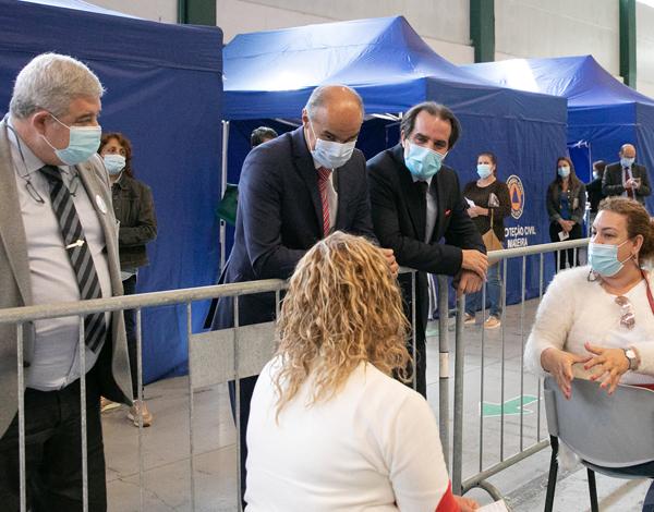 Presidente do Governo visitou Centro de Vacinação do Funchal