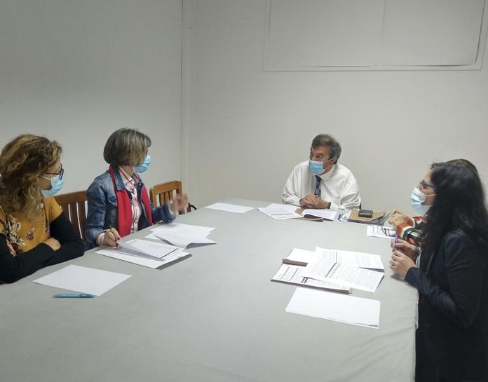 """Reunião com a diretora da Escola Básica do 1.º ciclo com Pré-Escolar da Pena - Condições de Funcionamento do Ano Letivo nas ETI's"""""""