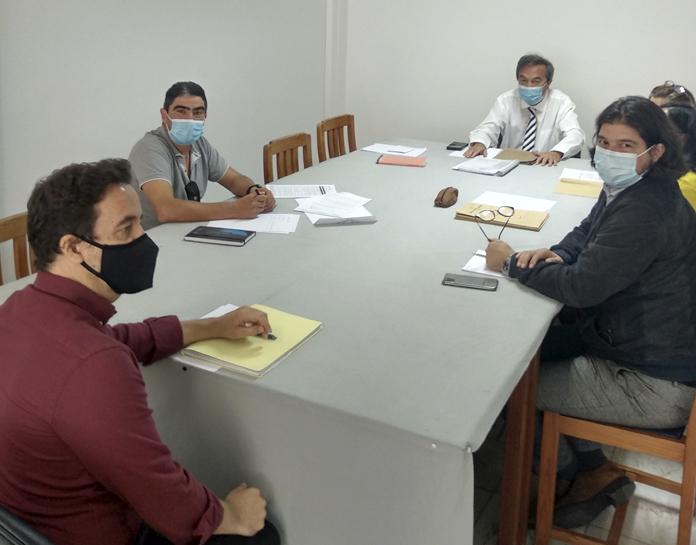 """Meeting with the principal of Escola Básica do 1º Ciclo com Pré-Escolar do Vale e Cova do Pico - Ponta do Sol - Conditions of Operation of the School Year in the Full-Time Schools"""""""