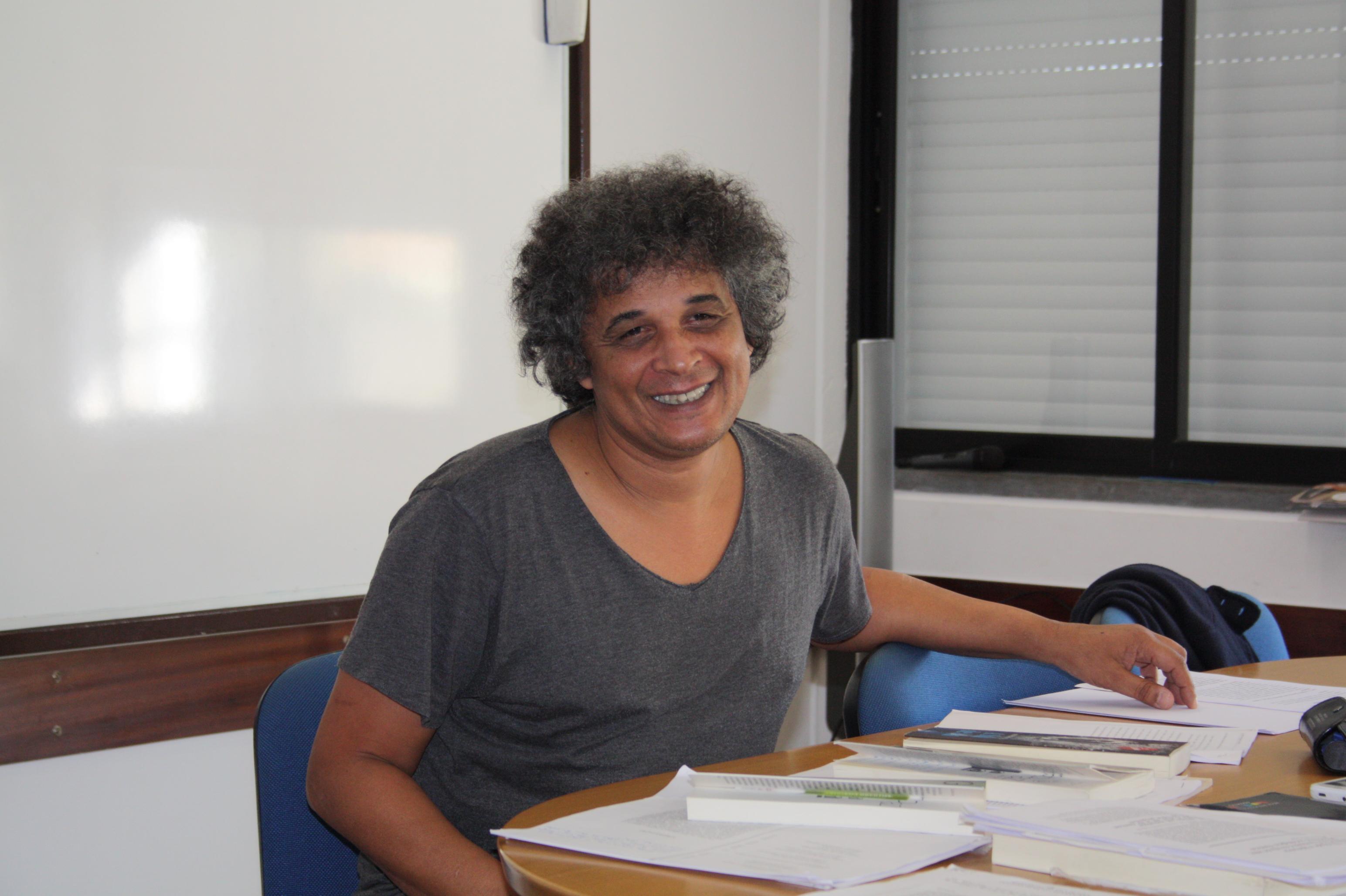 IRE deu início ao ciclo de formação Diálogos sobre Educação  na passada sexta-feira dia 27 de novembro com a presença do Professor Doutor Carlos Alberto Gomes do Dep. de Ciências Sociais da Educação