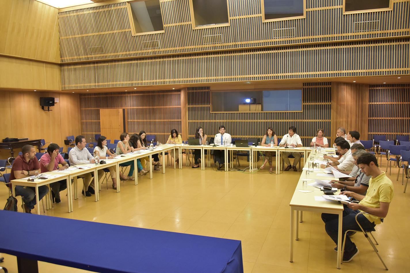 DROTA apresenta estudo sobre as metas de gestão de resíduos urbanos para a RAM