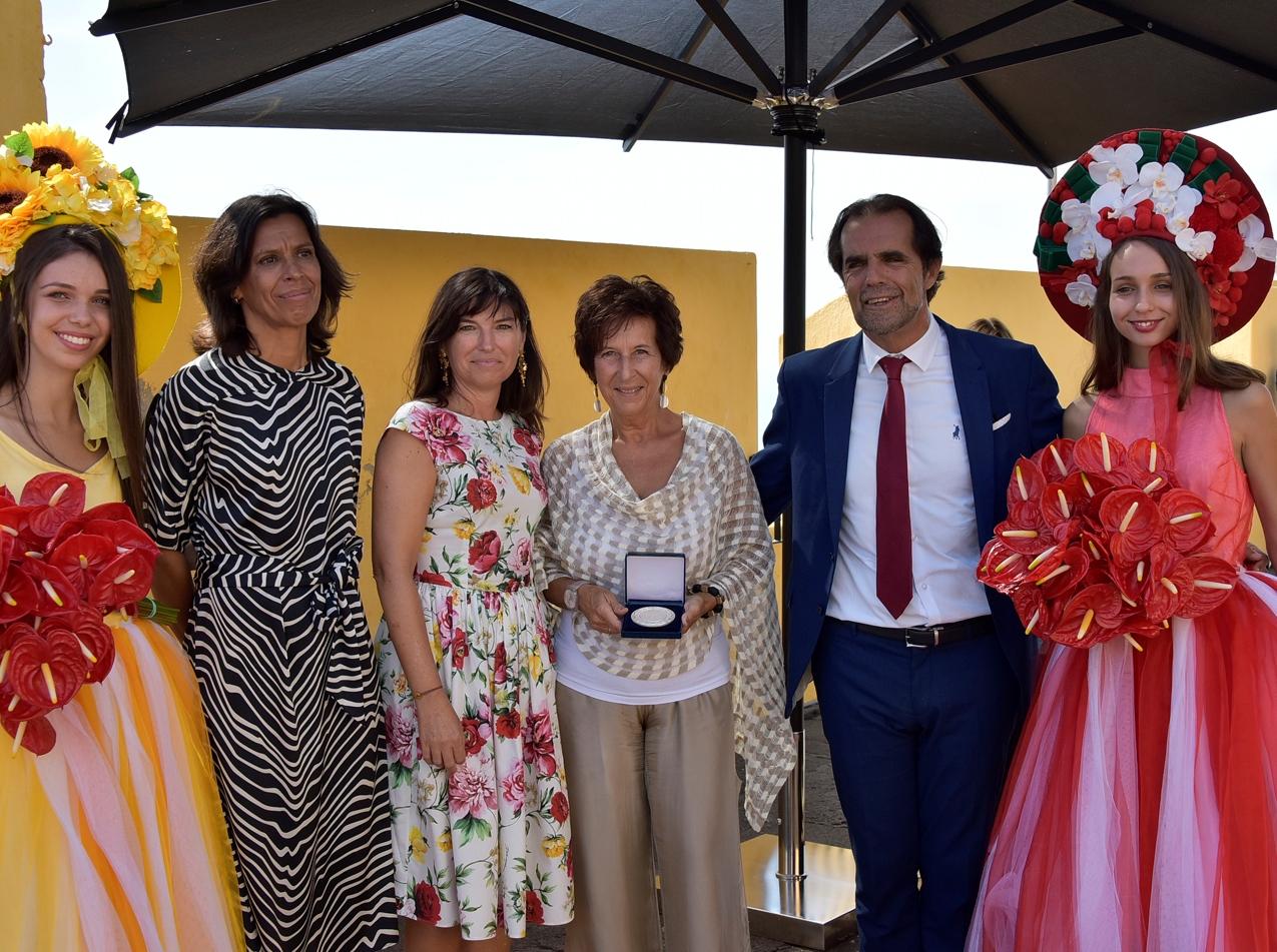 Eunice Pinto recebe Medalha de Mérito Turístico