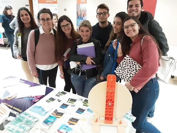 Programas e oportunidades para jovens na UMA
