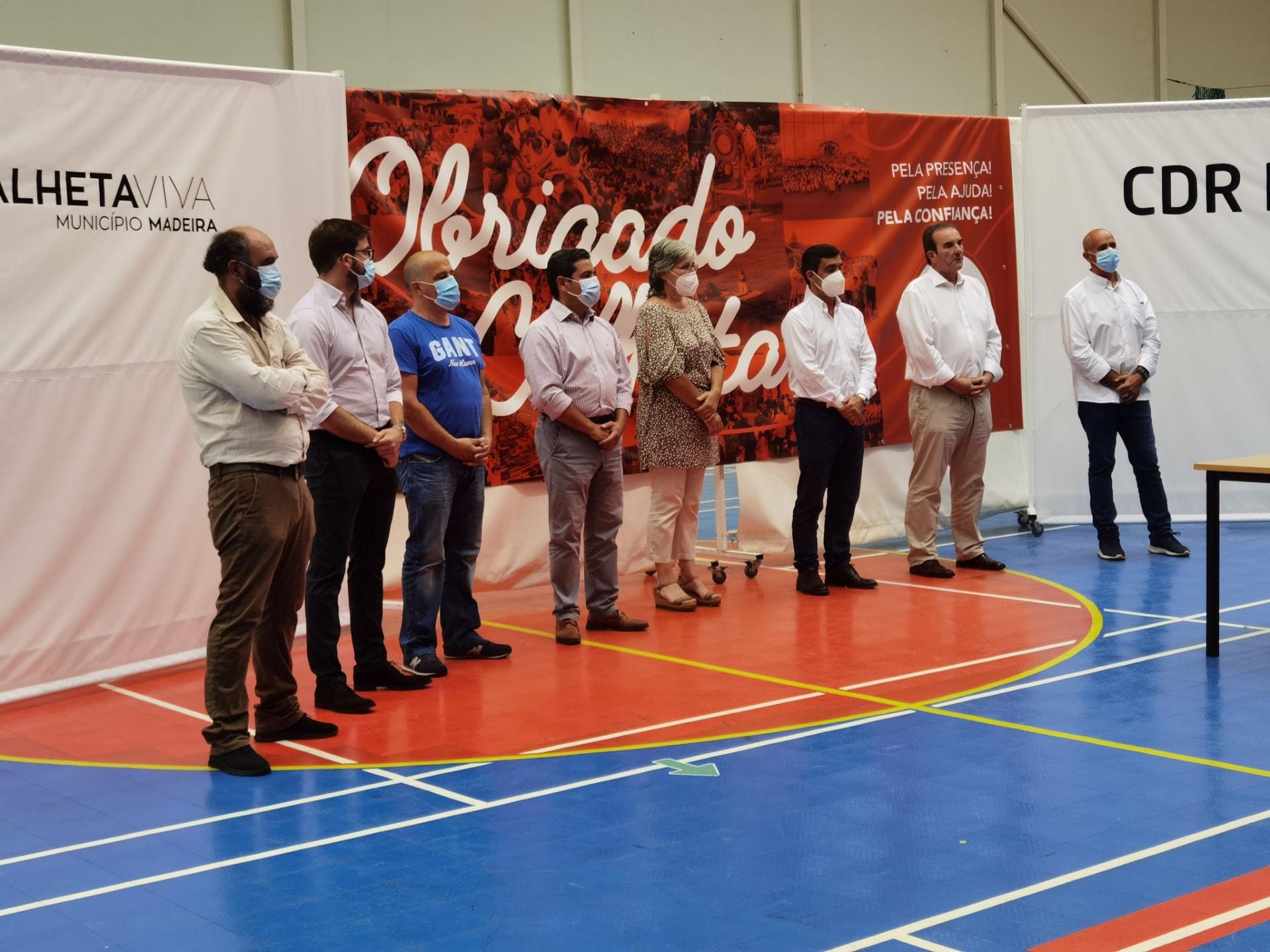 Cerimónia de homenagem à equipa mista sénior de badminton – CDR Prazeres