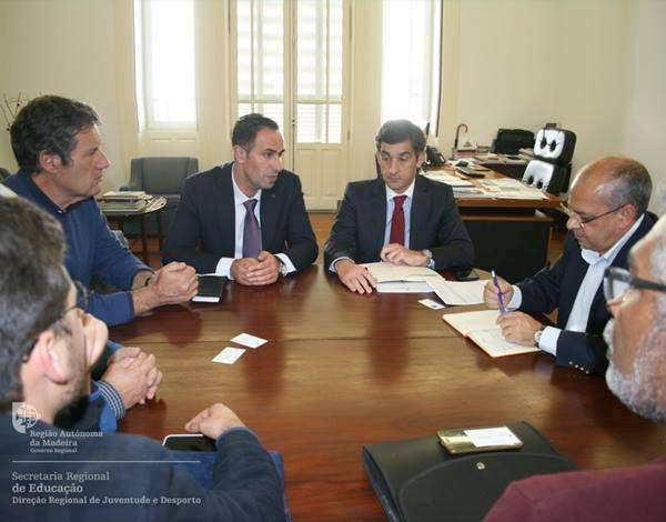 Direção Regional de Juventude e Desporto reuniu com o Presidente da Federação Portuguesa de Motonáutica