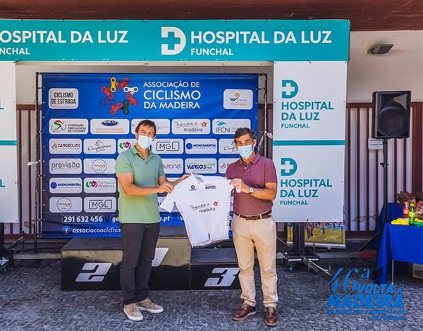 Associação de Ciclismo homenageou Direção Regional de Desporto.