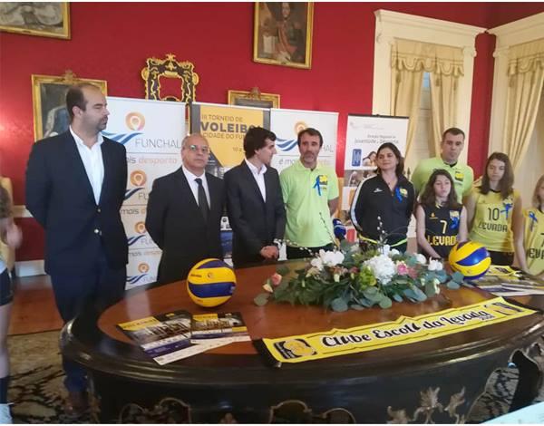 """Apresentação do III Torneio de Voleibol da CE Levada """"Cidade do Funchal"""""""