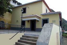 Centro de Juventude do Porto Moniz
