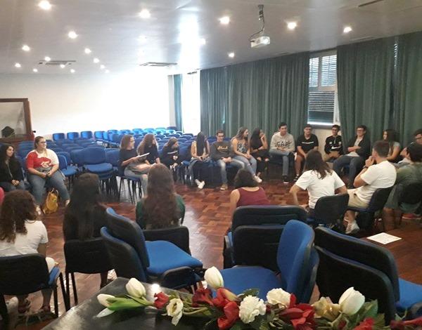 Jovens madeirenses participam no Diálogo Jovem da União Europeia