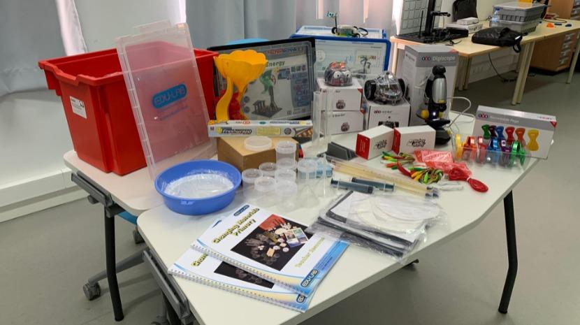 Kits de Ciências Experimentais e Robótica: Uma oportunidade para inovar na Educação de Infância e no 1.º Ciclo do Ensino Básico