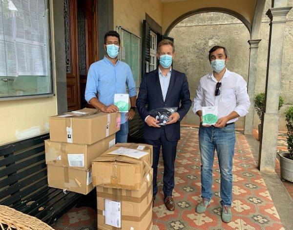 CRIAMAR entrega donativo à Direção Regional de Educação