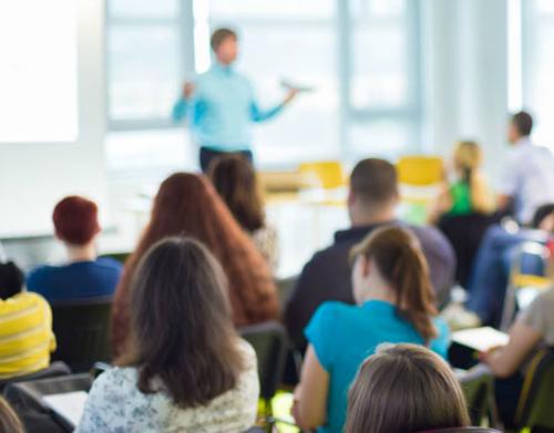 Alteração à Portaria que regulamenta a acumulação de funções de docentes