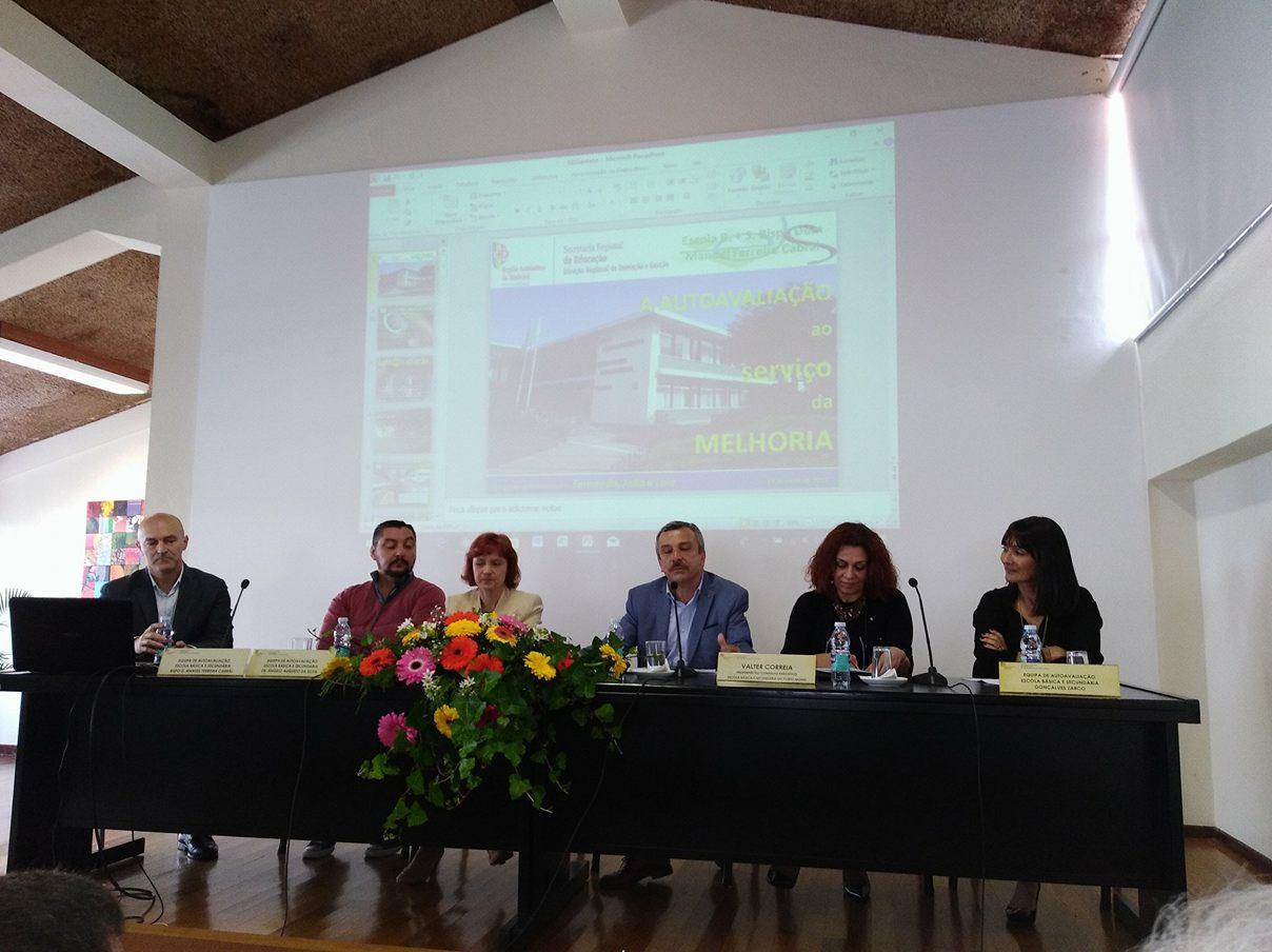 Comunicações das escolas intervenientes na 3ª sessão de partilha de boas práticas/algumas fotografias da sessão