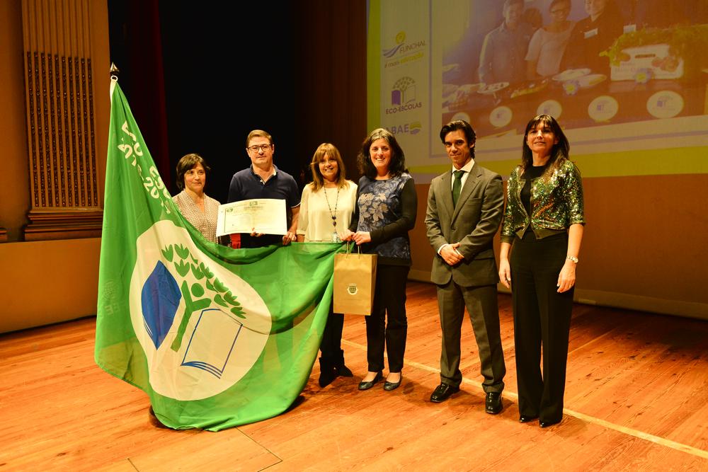 O IQ, IP-RAM, através do CFPM e da EPFF, participou na cerimónia de entrega do galardão bandeira verde às Eco-Escolas
