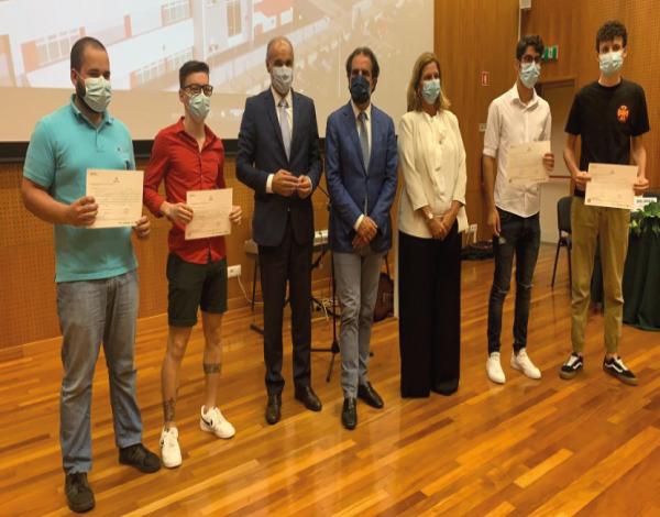 Entrega de Certificados e Diplomas aos Formandos do Centro de Formação Profissional da Madeira