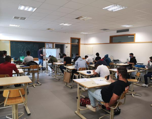 Centros para a Qualificação e Ensino Profissional (CQEP)