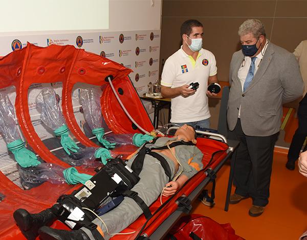Proteção Civil adquire equipamento inovador para assegurar transporte de doentes com doença infeciosa