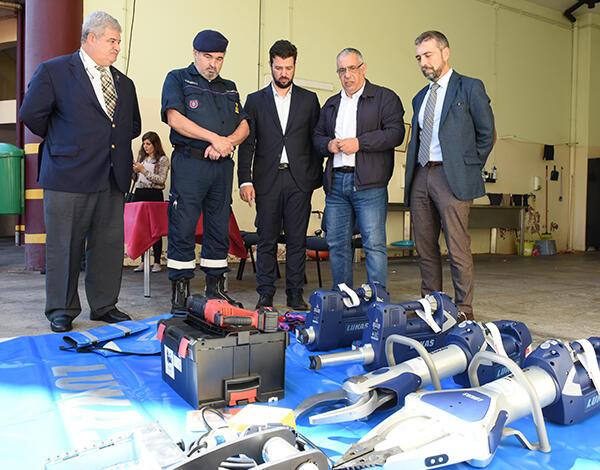 Governo entrega material aos Bombeiros Sapadores do Funchal