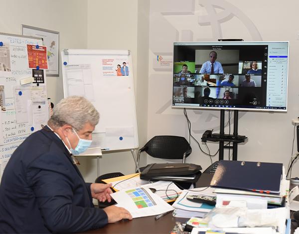 Pedro Ramos reuniu com os laboratórios que asseguram a realização de testes PCR em Portugal Continental