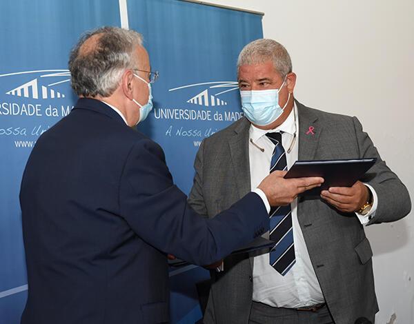 Governo Regional já investiu 360 mil euros para apoiar formalização do 3º ano do Curso de Medicinana Universidade da Madeira