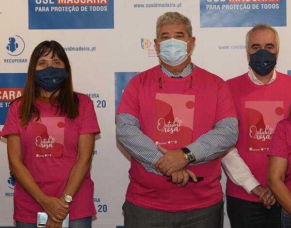 "Secretaria da Saúde promove verdadeira ""Onda Rosa"""