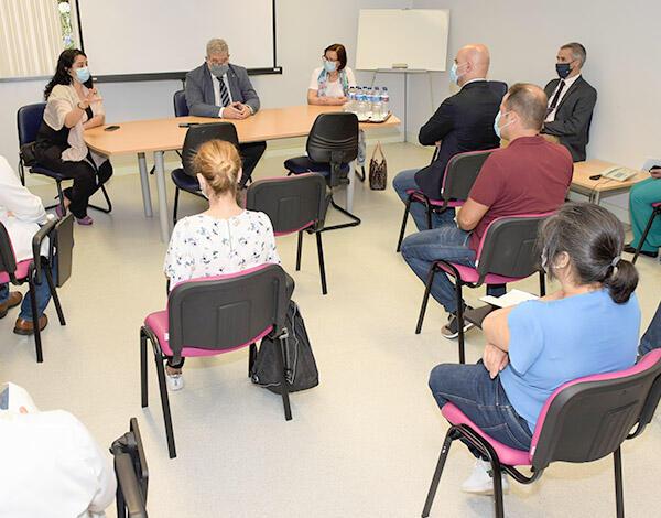 Centros de saúde reforçam resposta à população.