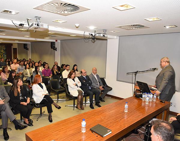 477 enfermeiros contratados em 4 anos