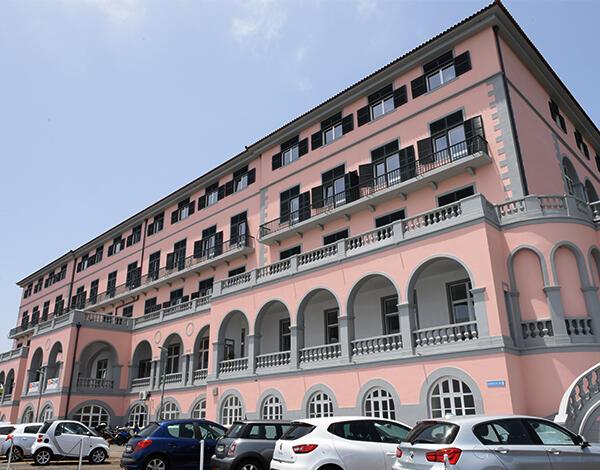 Visita em dois hospitais da Madeira suspensas por 10 dias
