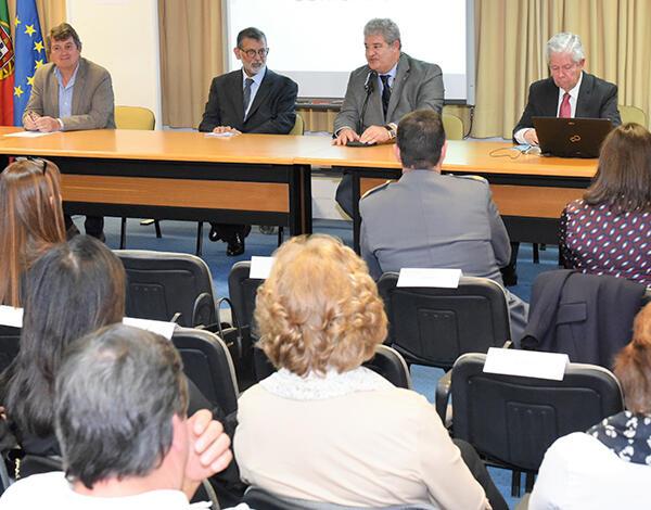 Conferência proferida pelo Prof. Doutor José Velosa