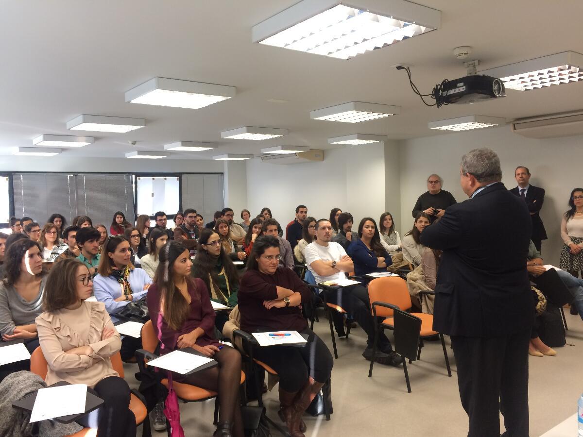 65 jovens médicos iniciaram formação no serviço de saúde