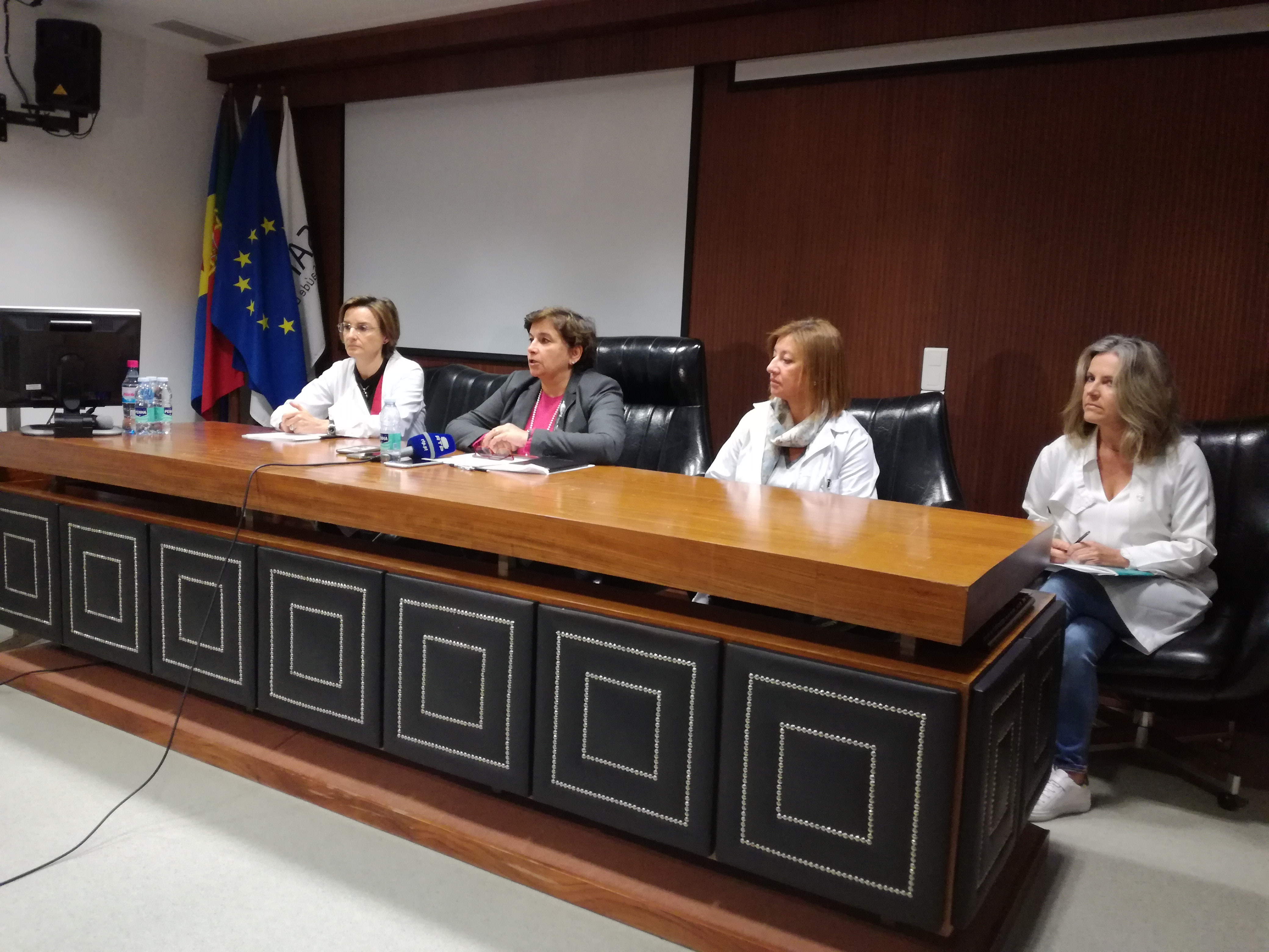Serviço de Saúde desmente notícia sobre medicamentos em falta