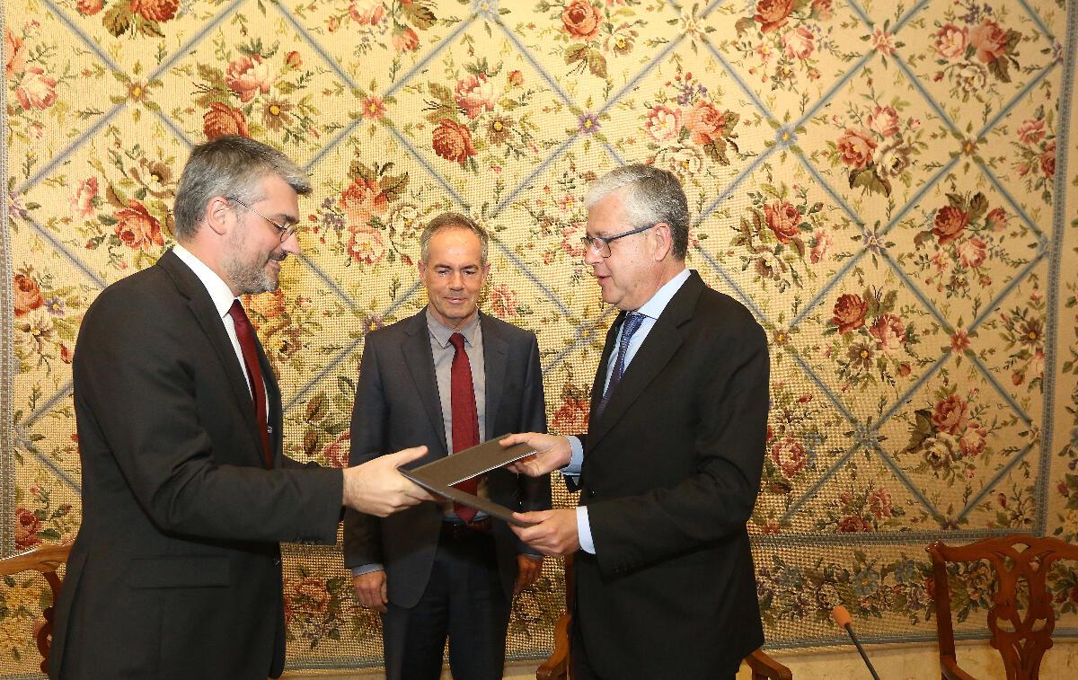 Visita oficial do Secretário Regional da Saúde dos Açores termina com a assinatura de protocolos