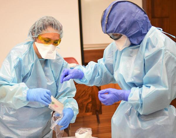 Testes PCR à COVID-19 no Porto, Vila Real e em Barcelos