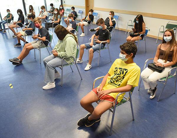 Equipa de Vacinação de Machico administrou 486 vacinas a jovens entre os 12 e os 17 anos