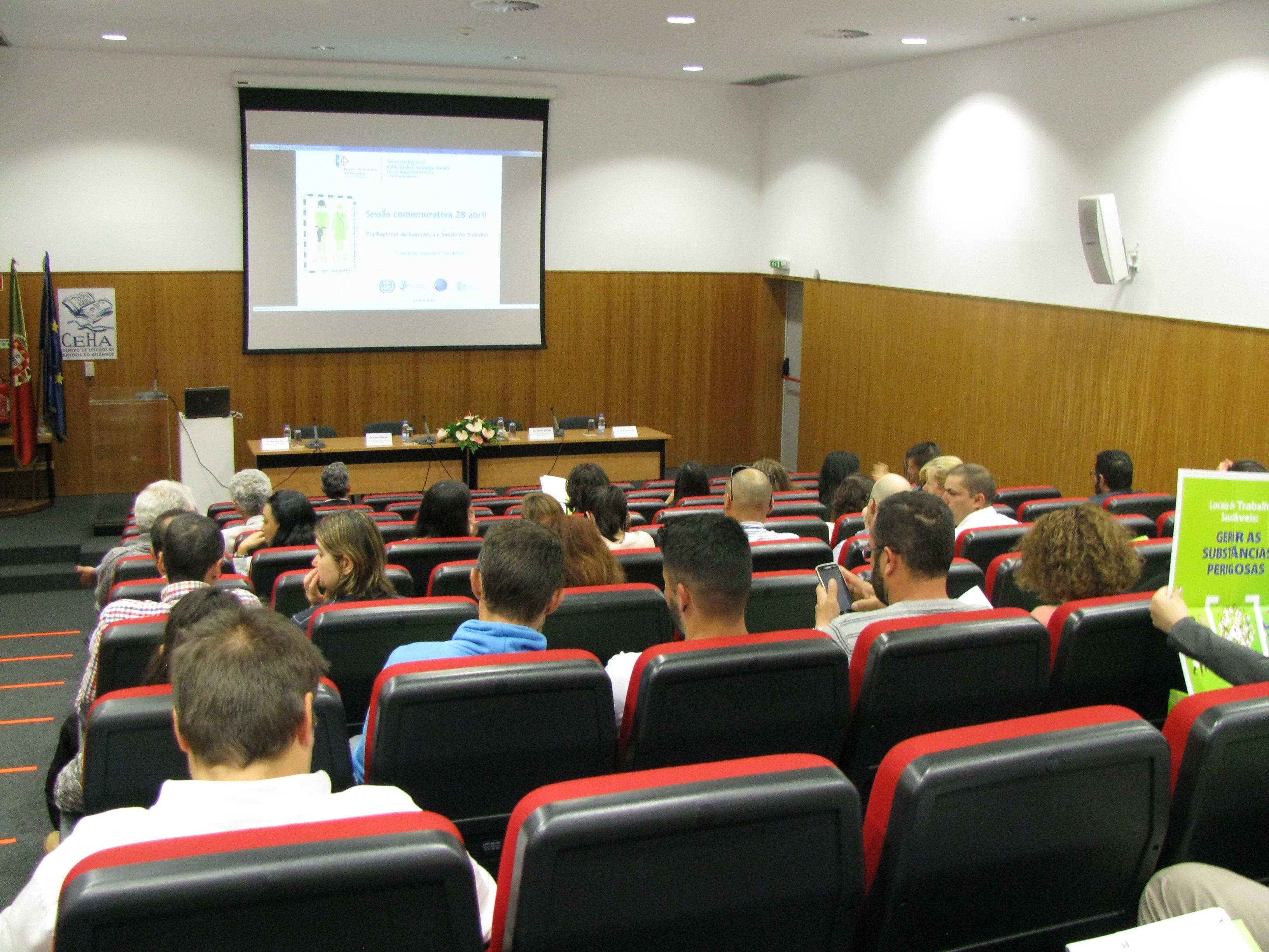 Sessão Comemorativa do 28 de abril