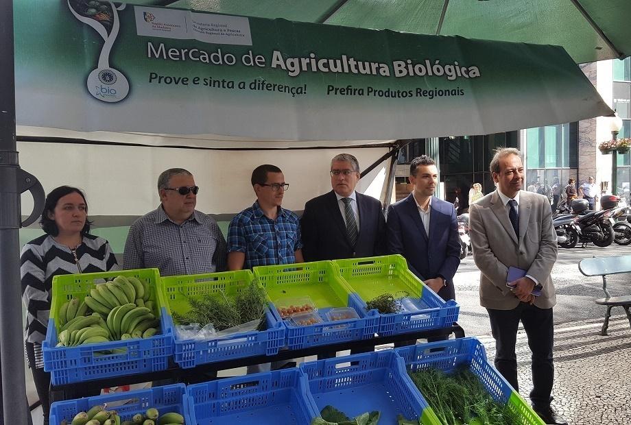 Secretário Regional de Agricultura e Pescas visita Mercado de Agricultura Biológica