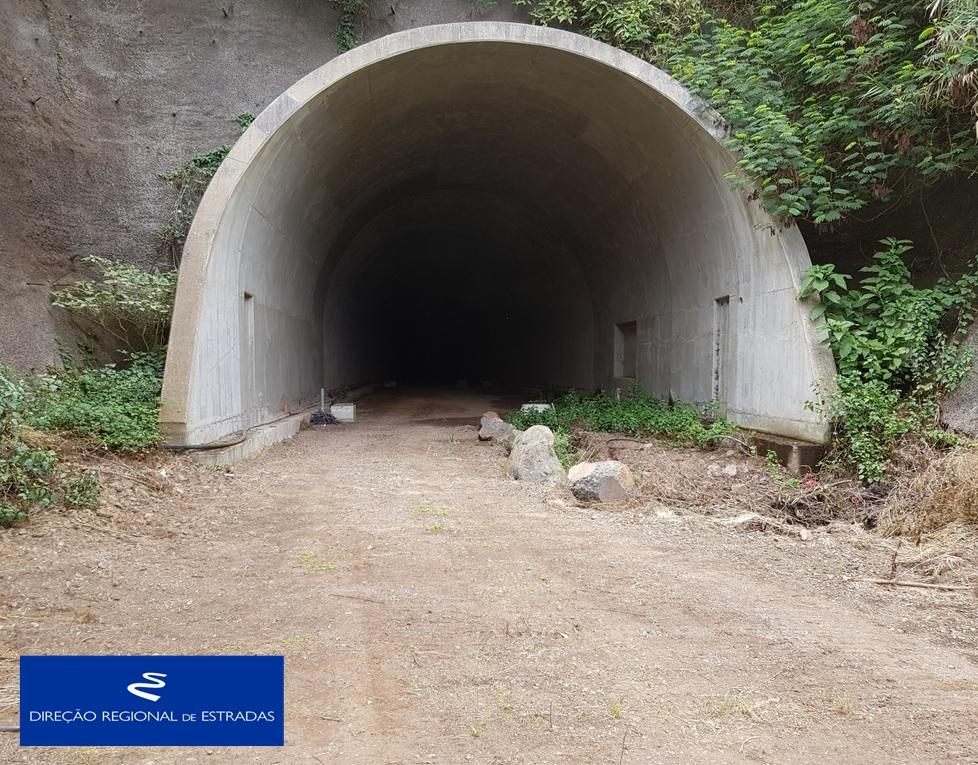 """Empreitada de Construção da """"Via Expresso Ribeira de São Jorge / Arco de São Jorge - 2.ª Fase"""" …evolução dos trabalhos - Nov/2019"""